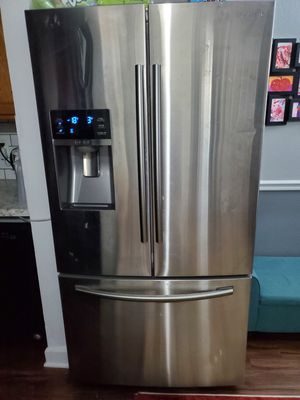 Samsung French door refrigerator for Sale in St. Louis, MO