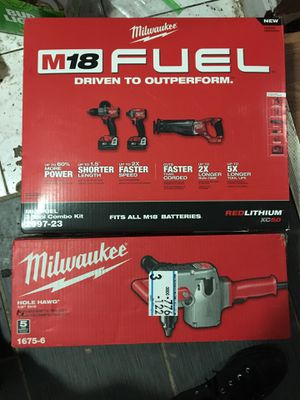 """Milwaukee m18 fuel 3 tool combo kit 2997-23 and hike hawk 1/2"""" drill for Sale in Detroit, MI"""