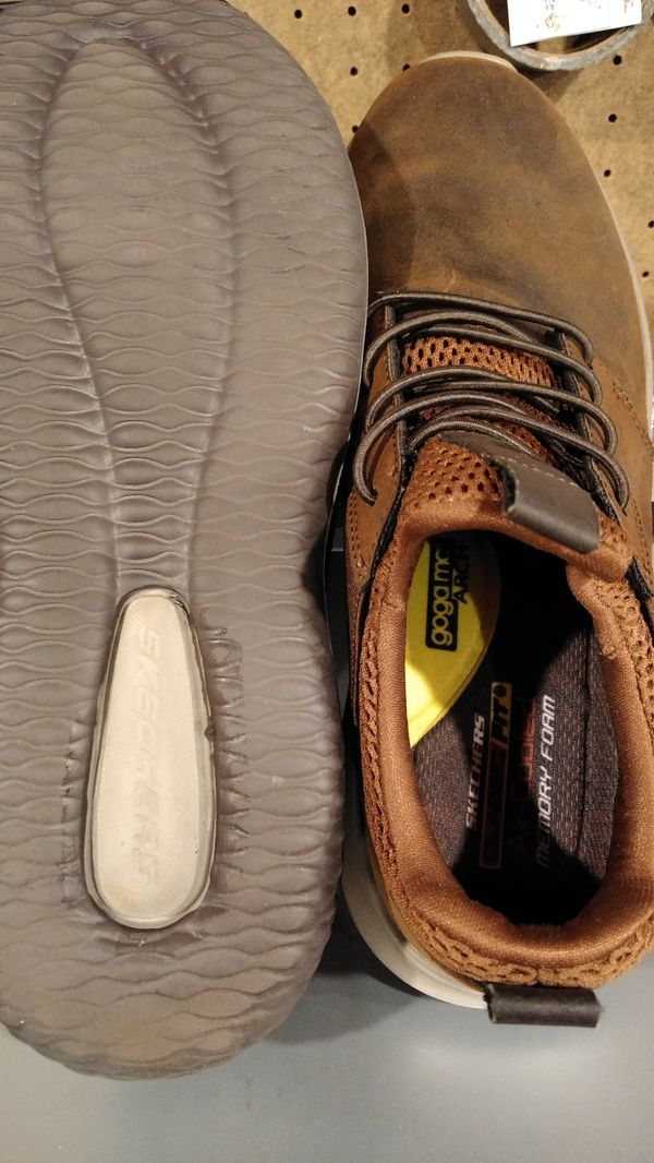Sketchers size 8 Leather shoes