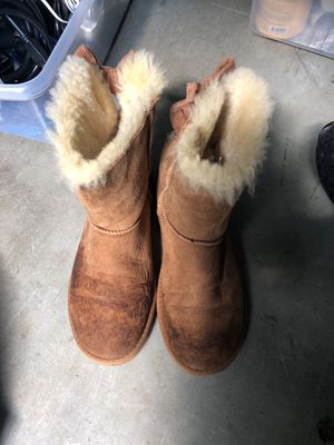 Uggs size 7 for Sale in Tampa, FL