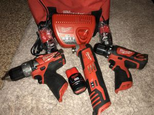 """MILWAUKEE 12V 3/8""""(10mm)DRILL/DRIVER-12V 1/2""""(13mm)FUEL HAMMER DRILL/DRIVER-12V MULTI TOOL (missin a small part) for Sale in Irving, TX"""