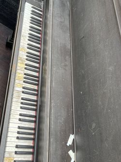 Piano for Sale in Boring,  OR