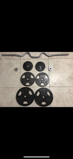 Curl bar and weights for Sale in Pembroke Pines, FL