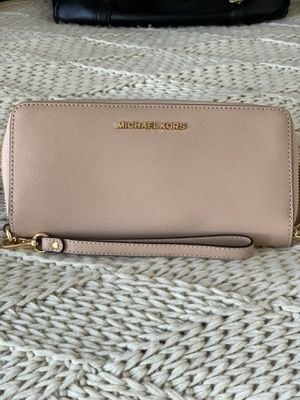 Coach and Michael Kors wallet for Sale in Gilroy, CA
