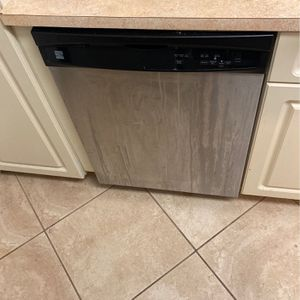 Ken more Dishwasher You Come And Take for Sale in Naples, FL