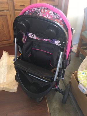 Stroller car seat combo for Sale in Montesano, WA