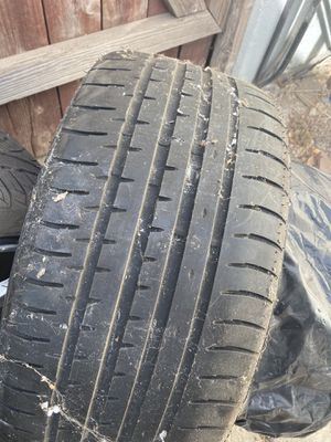 2 accelera tires 255/35ZR19 for Sale in Hawthorne, CA