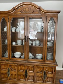 China Cabinet for Sale in Eighty Four,  PA