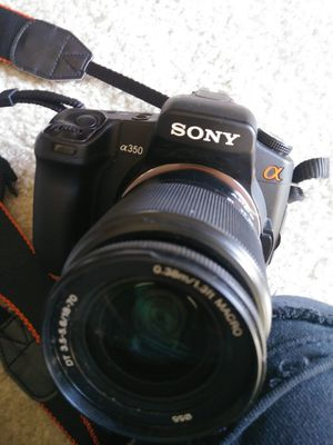 Sony DSLR- A350 w/ 6 lenses for Sale in Washington, DC