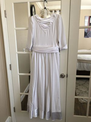 White gown for Sale in Sacramento, CA