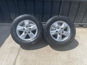 Toyota Tundra 18 inch wheels and cooper all terrain tires for Sale in Houston, TX