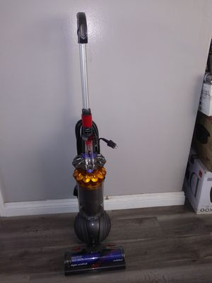 Dyson Small Ball Multi Floor Vacuum (Price is Firm) for Sale in Gardena, CA