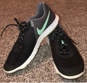 Nike sneakers for Sale in Waynesville, MO