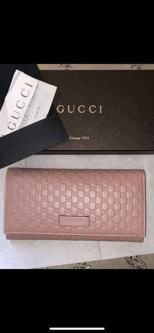 Gucci Women's Pink Wallet NEW!! for Sale in Santa Ana, CA