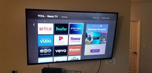 TCL Roku Smart 47in TV with swivel arm wall mount for Sale in Woodland Hills, CA