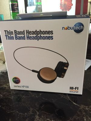 Thin headphones.. Excellent sound for Sale in Hialeah, FL