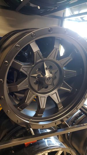 20x10 cali offroad jeep wheels 5x127 display some scuffs and scratches $649 cash n carry for Sale in Phoenix, AZ