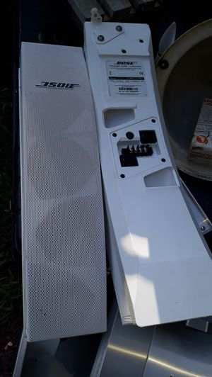 Like new professional Bose speakers for Sale in Tinton Falls, NJ