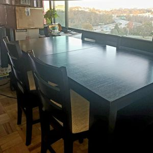 Pub Style Dining Set w/ 4 Chairs for Sale in Fairfax, VA
