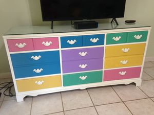 Dresser drawers for Sale in Delray Beach, FL