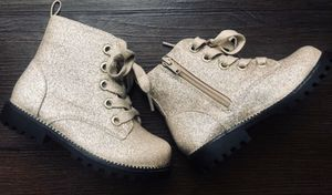 Brand New girls boots, 9us for Sale in Englewood, CO