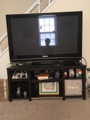 "40"" Panasonic Flat Screen TV + TV Stand (*Roku Included!) for Sale in Richmond, VA"