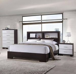 Louis Master Bedroom Set 4 PCS Queen Size for Sale in Marlborough, MA