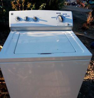 Kenmore extra large capacity washer and works great for Sale in Fresno, CA