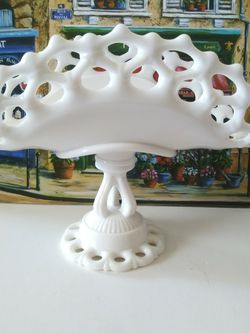 Vintage Westmoreland Milk Glass Banana Stand for Sale in Los Angeles,  CA