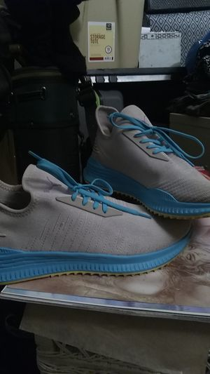 Puma Woman's size 10 for Sale in Denver, CO