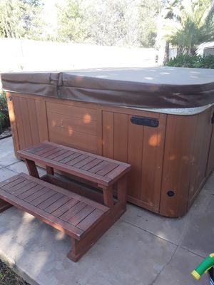 Island Spa Hot tub six person seating and relaxation spa, stepper, spa cover, supplies in Lake Elsinore for Sale in Lake Elsinore, CA