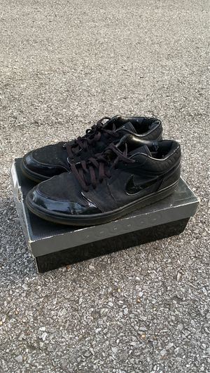 Air Jordan 1 Low (Black Croc 2007 Release) for Sale in Nashville, TN
