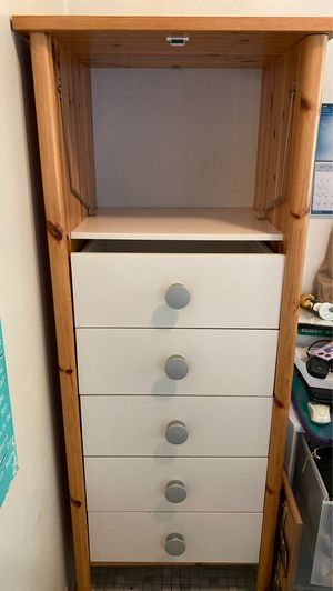 White and Wood Dresser for Sale in Kirkland, WA