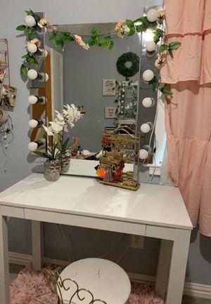 Makeup vanity for Sale in Spring, TX