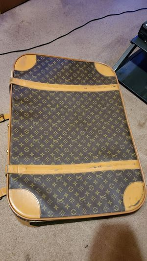 Louis Vuitton LV Monogram Soft Sided Zip Large Suitcase for Sale in Boston, MA