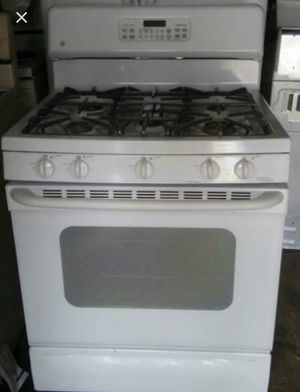 Five Eye Gas stove MUST PICK UP for Sale in St. Louis, MO