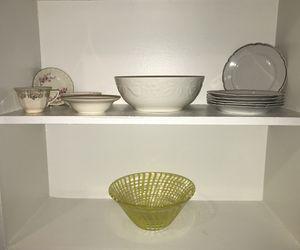 Home Decor / Vintage Plates / Decorative Bowls for Sale in Victoria, TX