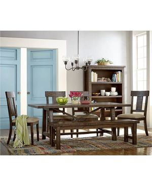 Beautiful Wooden Dining Table for Sale in Boston, MA