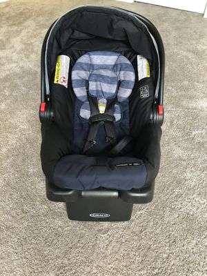 Baby car seat for pickup and cash only for Sale in Tampa, FL