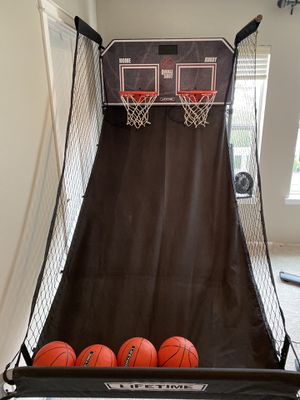 Pop-a-Shot basketball hoop for Sale in Snoqualmie, WA
