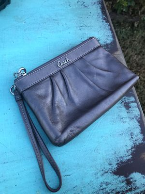 Leather leather coach clutch wallet bag for Sale in Gallatin, TN