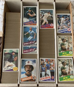 approximately 3,000 Topps 1985 Topps Baseball Cards for Sale in Placentia, CA