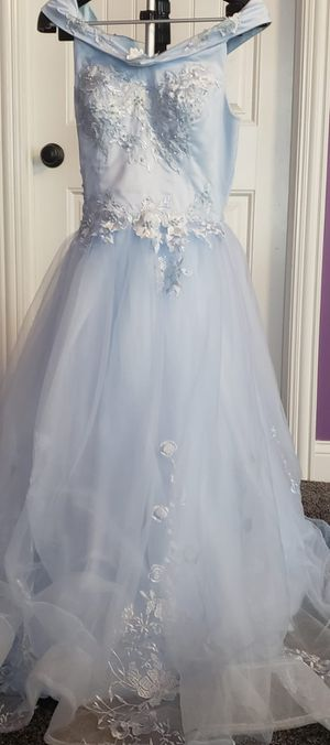 Large flower girl dress, used once Great condition cheap price sale light baby blue for Sale in Orland Park, IL