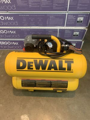 DEWALT 4 Gal. Portable Electric Air Compressor for Sale in Houston, TX
