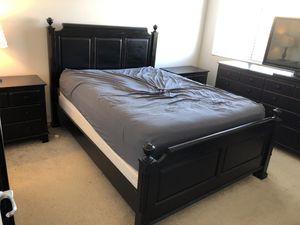Queen Bedroom Set for Sale in Irvine, CA