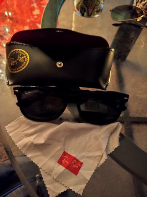 New of Ray ban for Sale in Mesa, AZ