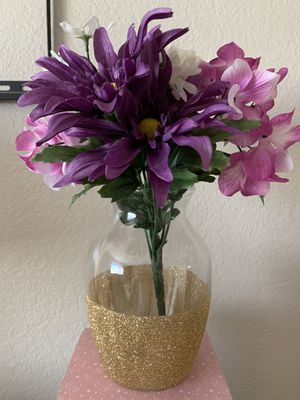 5 Vases and flowers Centerpieces for Sale in Goodyear, AZ