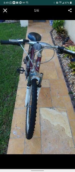 "Mountain Bike Roadmaster Granite Peak 26"" for Sale in Miramar, FL"