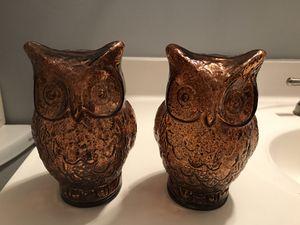 Glass owl decor for Sale in Garden Grove, CA