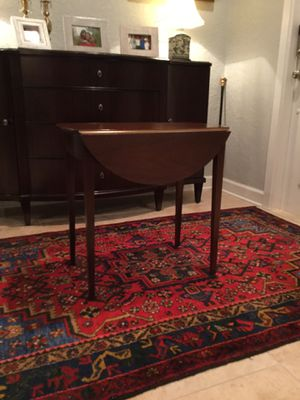 Pen broke table from Bombay Co for Sale in Fort Lauderdale, FL